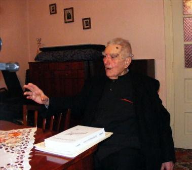 Părintele Profesor Ioan Glăjar, darul lui Dumnezeu pentru noi