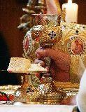 Simbol şi realitate duhovnicească în Sfânta Împărtăşanie