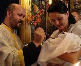 Lingurița de la Sfânta Împărtășanie nu constituie un pericol pentru sănătate