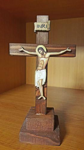 ÷ Cruce din lemn cu postament -   *** (Artizanat)