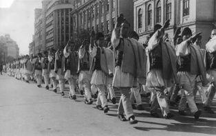 Societatea civilă ia atitudine față de incriminarea Mișcării legionare drept mișcare fascistă