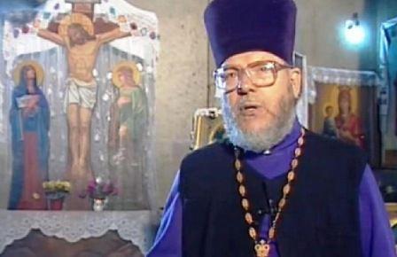 Slujire la altarul credinţei (Prot. Petru Buburuz - octogenar)