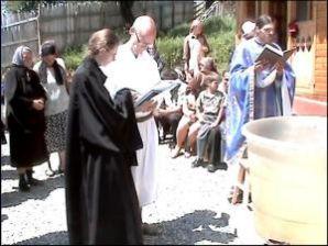 Ereticii primiti in Biserica Ortodoxă doar prin Taina Mirungerii (fără Taina Botezului) nu sunt in Biserică, ci sunt înafara Ei
